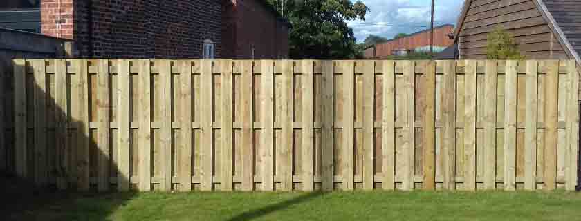 hit and miss fence - How to Protect Your Fence During Winter